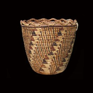 Striking Super Fine Northwest Coast Klickitat Indian Fully Imbricated Basket 19th Century