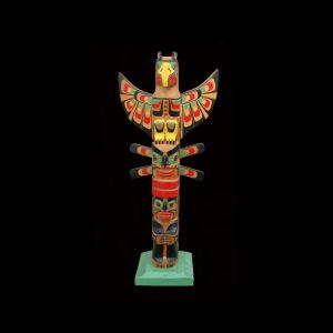 Fine Rare Kwakiutl Indian Cedar Totem Pole Circa 1950 Godfrey Hunt (1917-1987)