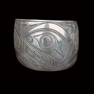 Fine Rare Kwakiutl Silver Beaver Crest Design Silver Cuff Bracelet Lloyd Wadhams Sr.